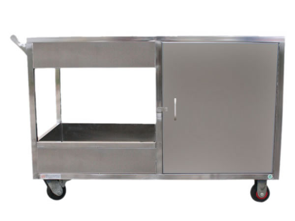 Stainless steel dining car